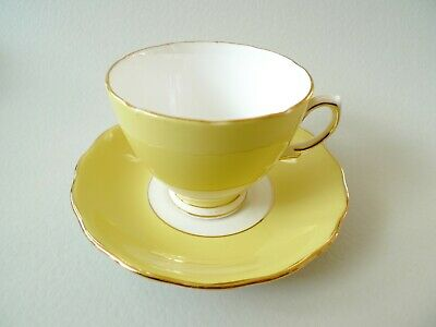 Colclough Bone China - Harlequin CUP ONLY - Yellow • 4.99£