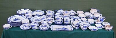 Large Quantity 135+ Pieces Vintage Royal Doulton Norfolk Pattern China Tableware • 195£
