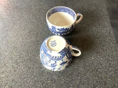 2x WEDGEWOOD WILLOW CUPS • 4£