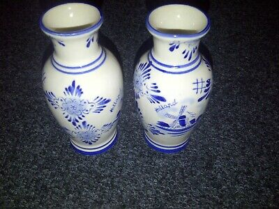 DELFT HOLLAND VASES WINDMILL BLUE AND WHITE X 2 • 7.50£