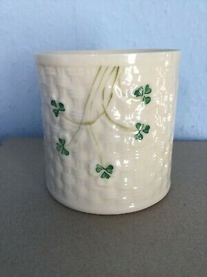 Belleek Pot Clover Pattern • 4.99£