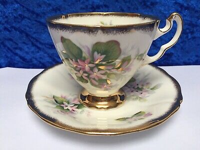 ROYAL ADDERLEY China 'Mayflower' Canadian Provincial Flowers, Cup & Saucer VGC • 7.99£