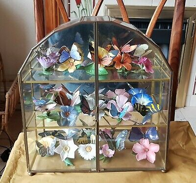 Franklin Mint Porcelain 'The Butterflies Of The World' Collection + Cabinet • 65£