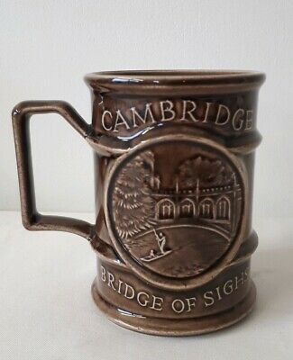 Holkham Pottery Jarrold Series Mug: Bridge Of Sighs, Cambridge • 3£