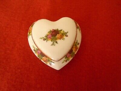 Royal Albert Old Country Roses  LIDDED HEART TRINKET VGC • 5£