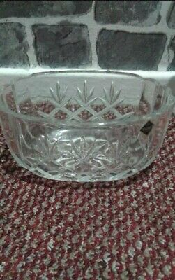 Used 8 Peaces Crystal Bowl Unbranded • 16£