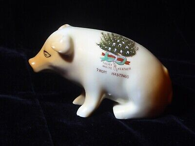 Lucky Heather Pig Hastings Crested China • 20£