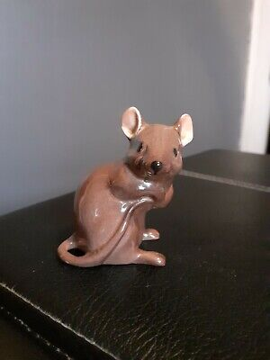 BESWICK MOUSE 1678 BROWN 6.4cms • 10.50£