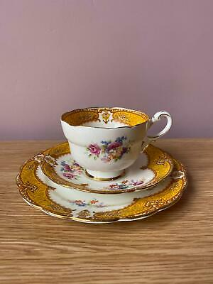PARAGON By Appointment To HM - Yellow Floral With Gold Trim, Tea Trio BEAUTIFUL • 10.50£
