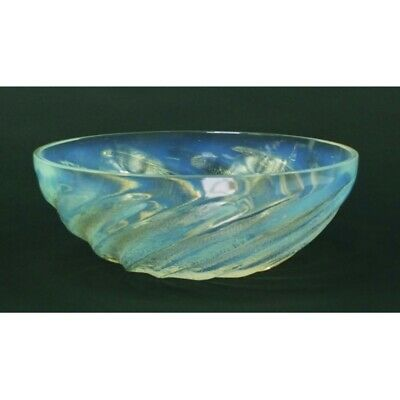 Rene Lalique Poissons Opalescent Glass Bowl, Indistinctly Moulded • 535£