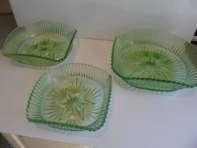 Fantastic Set Of Three Retro  Green Glass Bowls • 3.99£