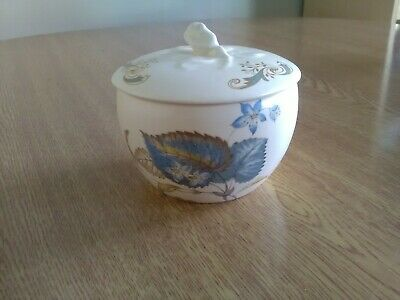 Axe Vale Pottery Leaf Pattern Pot/jar With Lid. • 1.99£