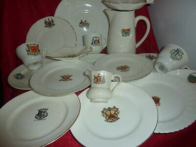 Shelley/arcadian &selection Of 18 Piece Of Various Shaped Scottish Crested China • 24£