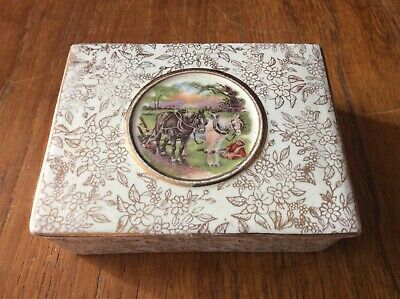 Midwinter England Empire 1940's Trinket Box Gilt Lid Country Scene  • 12.50£