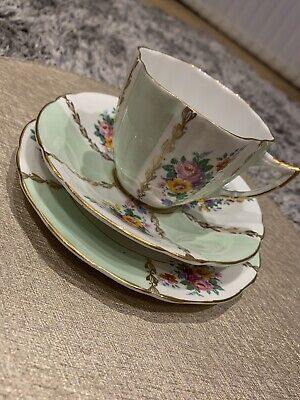 6 Piece Imperial 22 Kt. Gold Teacup, Saucer & Side Plate Set Immaculate • 7.60£