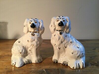 PAIR OF Vintage Beswick Staffordshire Wally Dogs • 25£