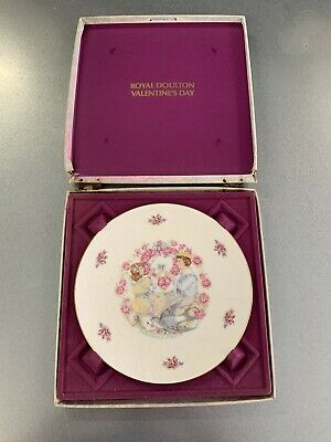 Vintage Royal Doulton Valentines Day Plate • 0.99£