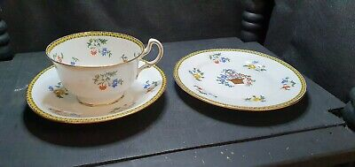 Aynsley Bone China Cup & Saucer Plus Small Cake Plate • 4£