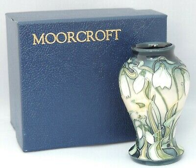 Moorcroft Nivalis Pattern Vase - Designed By Rachel Bishop - In Original Box ... • 225£