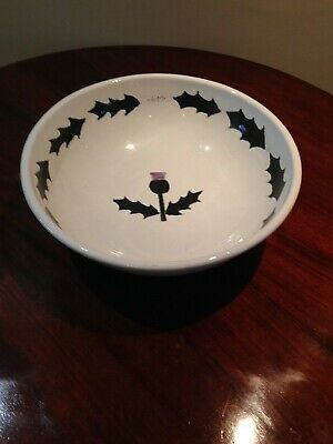 Large Painted Pottery Fruit Bowl With A Scottish Theme • 0.99£