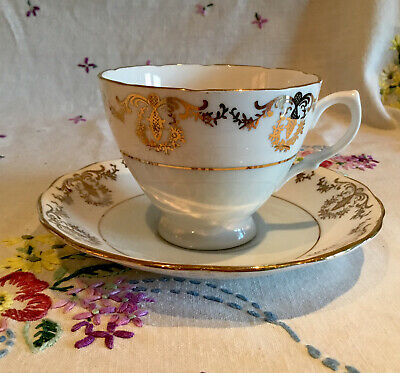 💕 Stunning Vintage Royal Vale Pale Blue And Gold Chintz Tea Set Cup And Saucer* • 6.99£