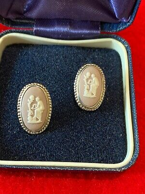 WEDGWOOD White On Lilac Jasperware Earrings Hallmarked Silver Mount BOXED RARE • 4.20£