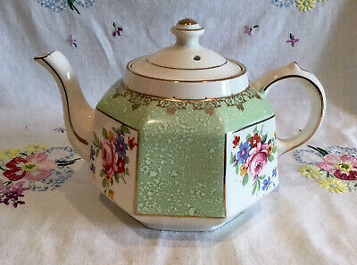 *pretty Vintage Gibson's Teapot ~ Green And Pink Floral* • 8.25£