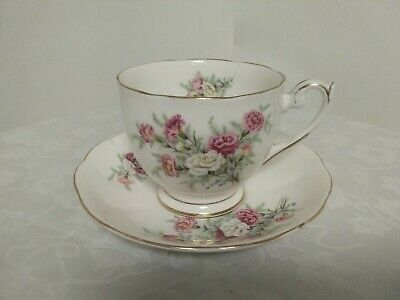 Country Gardens By Queen Anne Oversized Tea Cup, Saucer • 13.99£