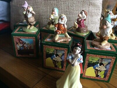 Doulton Figurines Snow White And The Seven Dwafs • 95£