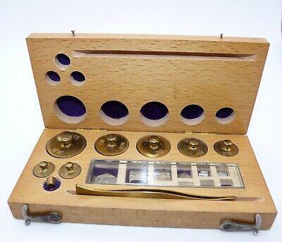 VINTAGE SET OF CHEMIST APOTHECARY WEIGHTS. ORIGINAL HINGED WOODEN BOX, Balance • 24.99£