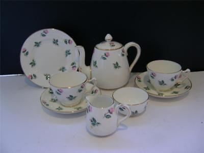 Pretty 8 Piece Tea Set For 2 By Crown. • 35£