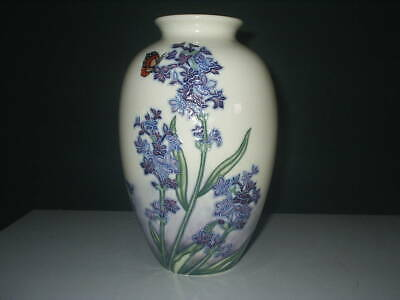 Lovely OLD TUPTON WARE VASE - BUTTERFLY ON PURPLE FLOWERS Excellent Cond 20cm   • 19.99£