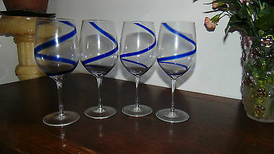 Four Hand Made Large Matching Wine Glasses • 29.99£