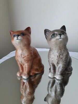 A Pair Of Old Beswick Cats Looking Up, Please See The Beswick Marks And Pictures • 19.99£