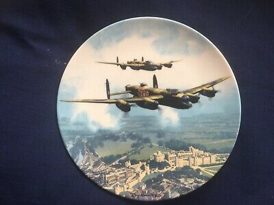 Royal Doulton Heroes Over Home Territory  Lancaster Over Windsor Castle  Plate • 5£