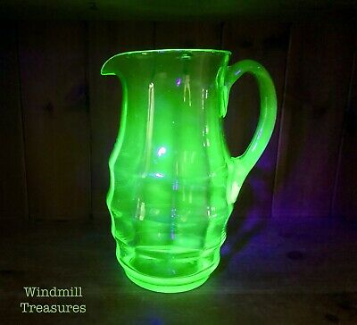 Large Vintage Uranium Green Glass Jug Pitcher - Great Condition • 15.99£