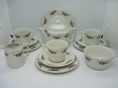 Vintage Small Porcelain Tea Set - Fluted And Hand Painted Flower Decoration • 9.99£