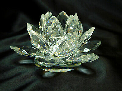 Lotus Flower Glass Crystal Candle Holder – Clear  • 4.99£