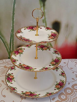 Royal Albert  Old Country Roses   XL 3-tier Cakestand ***PRICE REDUCED*** #2 • 13.99£