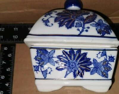 Blue Delf Oriental Butter Dish And Lid • 2.95£
