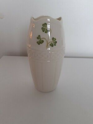 Donegal Parian China Small Vase • 1.20£