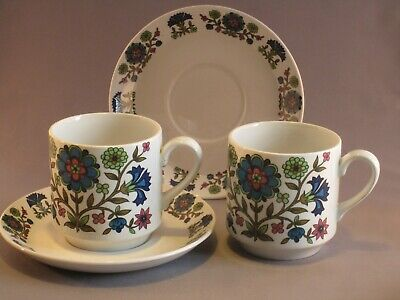 Vintage Midwinter 'Country Garden' 2 Cups And Saucers Designed By Jessie Tait  • 9£