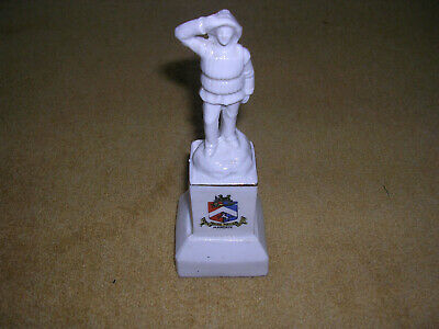 Crested China Figurine  Margate , Maker Unknown • 1.49£