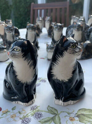 A Beautiful Old Pair Of Black Babacombe Cats. Perfect Condition !!!! 10cm Tall • 12.95£