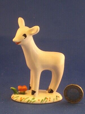 SMALL MIDWINTER  LARRY THE LAMB FIGURE 95 Mm HIGH. • 11.99£