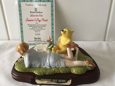 Royal Doulton Winnie The Pooh Tableau Summers Day Picnic Boxed COA • 33£