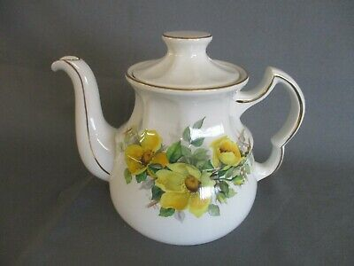 Teapot Ironstone Ellgreave Bicentennial, White With Yellow Flowers, 15cm High • 3£