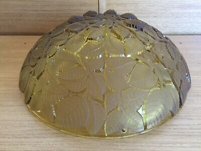R Lalique Amber Charmes Ceiling Light (Marcilhac No 2010) 1924 • 50£