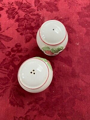 Boots Orchard Salt And Pepper Pots • 6.50£