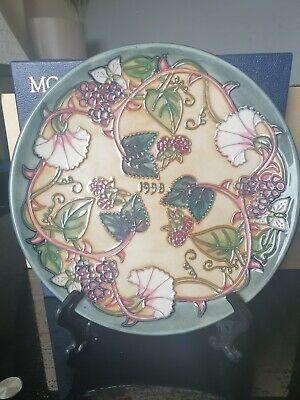 % STUNNING % MOORCROFT  SUMMER'S END  YEAR PLATE (1998).By Nicola Slaney.BOXED   • 50£